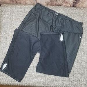 Danskin Now capri leggins size L